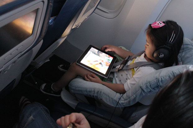 Jetstar-Buys-Hundreds-of-iPads-for-Airplane-Passengers-2