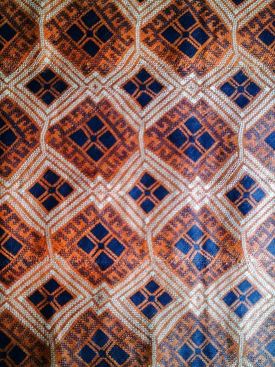 Travel Finds Samar: Orange-blue pattern